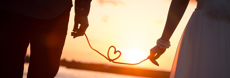 まずは勇気を出して第一歩。「レガーレえひめ」ではあなたの幸せな成婚まで徹底的にサポートいたします。